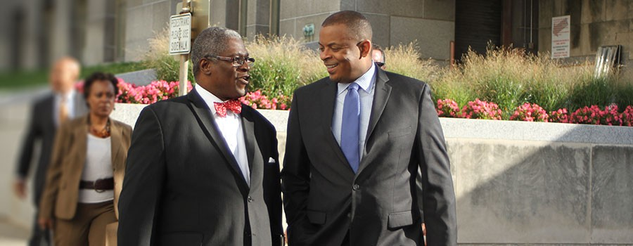 Mayor Sly James receives Champion of Transit Award
