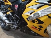 Modifikasi Fairing Aprilia RSV di Yamaha V-Ixion