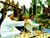 Pagelaran Seni Budaya di Situs Gunung Padang Desa Karyamukti, Kecamatan Campaka Cianjur, Jawa Barat