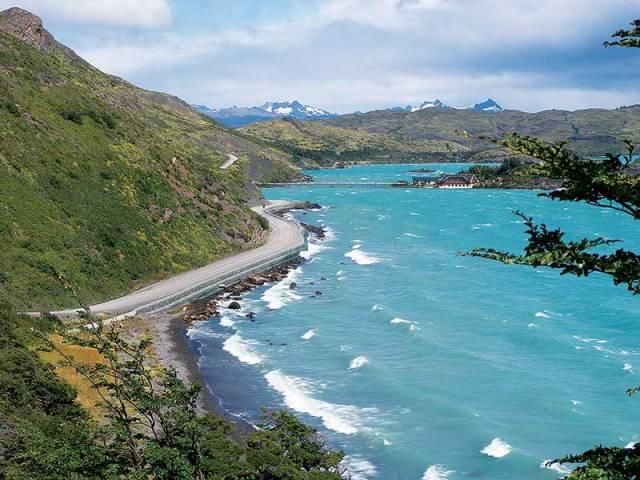 Tierra del Fuego, Lake Pehoe