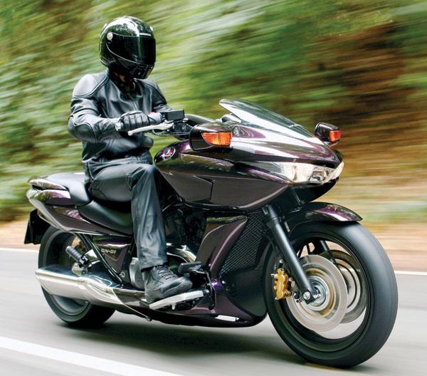 2009 honda dn 01 road test rider magazine rider magazine. Black Bedroom Furniture Sets. Home Design Ideas