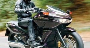 2008-Honda-DN-01-Motorcycle-Test-Ash-01