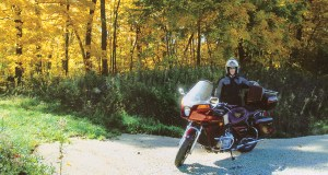 IOWA-MOTORCYCLE-TOURING-BENTON-01