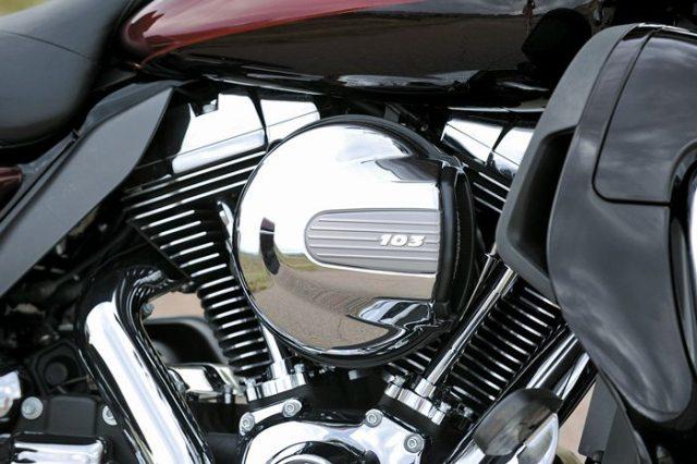 2014 Harley-Davidson High Output Twin Cam 103