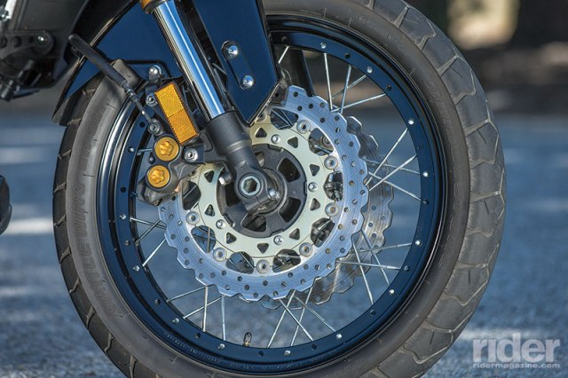 Like the Honda, spoked wheels with tubeless tires, linked brakes and ABS are standard equipment.