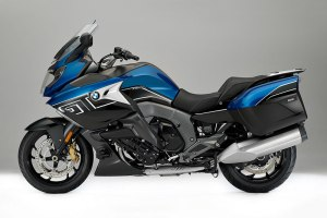 "2017 BMW K 1600 GT ""Sport"" in Lupine Blue Metallic/Blackstorm Metallic"