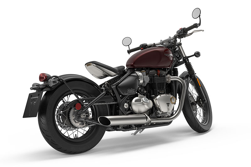 2017 triumph bonneville bobber | first look review | rider magazine