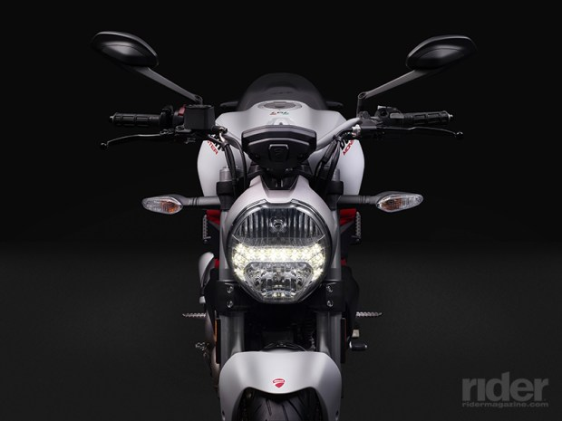 The 797's classic round headlight features LED running lights. The tail light is LED as well.