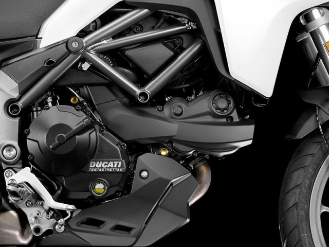The 2017 Ducati Multistrada 950 is powered by a 937cc version of the 11° Testastretta L-twin that makes 113 horsepower and 71 lb-ft of torque (claimed).