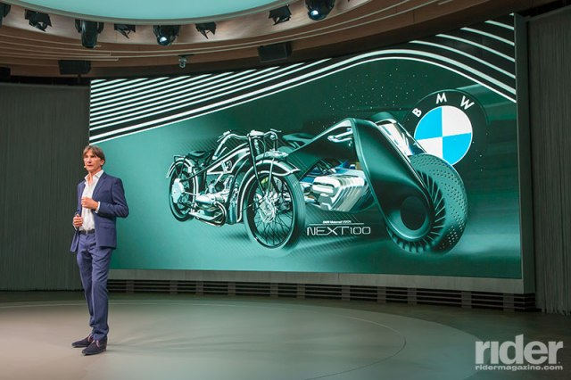 The Vision bike is at once a glimpse of the future and a homage to the very first BMW, the 1923 R32, with its triangular frame and white pinstripes on black, explained Director of Design Edgar Heinrich.