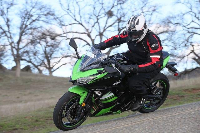 2017 Kawasaki Ninja 650 action