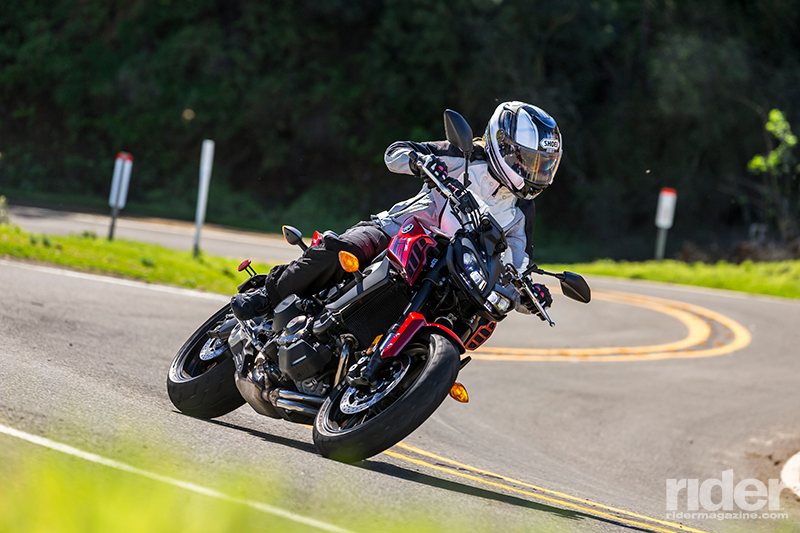 2017 yamaha fz 09 first ride review rider magazine for Yamaha fz 09 horsepower