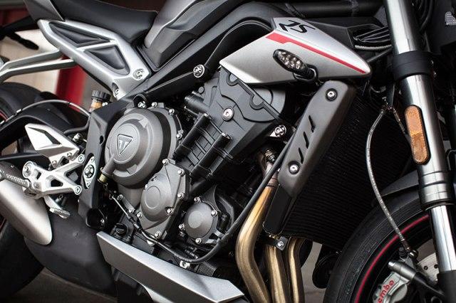 2017 Triumph Street Triple RS engine