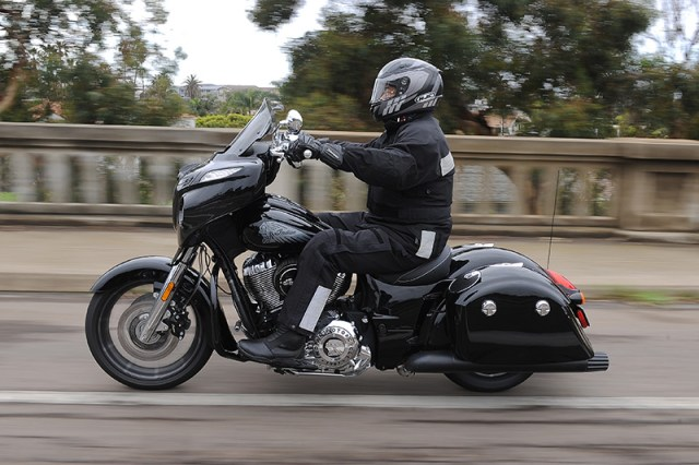 2017 Indian Chieftain Limited action