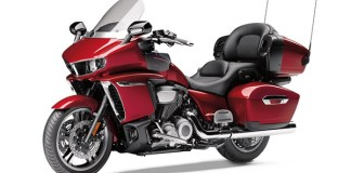 2018 Yamaha Star Venture Raspberry Metallic