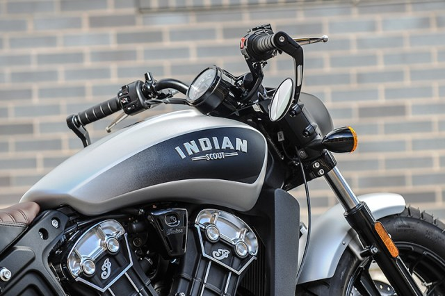2018 Indian Scout Bobber Bronze Smoke tank