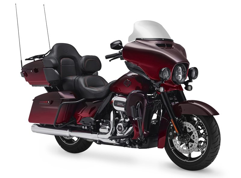 Harley Davidson Cvo Line Up For  Model Bikes