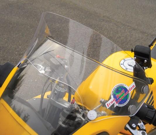 Laminar Lip installed on a 2000 Honda VFR800.