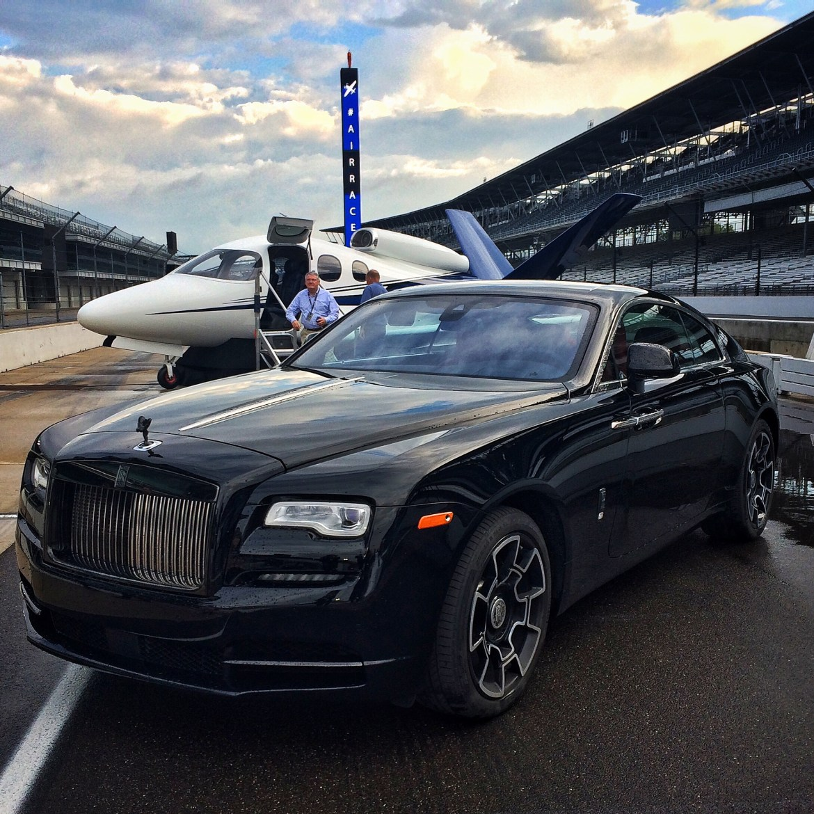 2016 Rolls Royce Wraith Camshaft: The Baddest Rolls-Royce Ever. Wraith Black Badge.