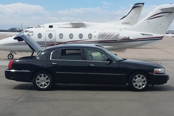 Airport Limousine DIA