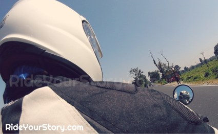 Pillion point of view - way to Jaigaon