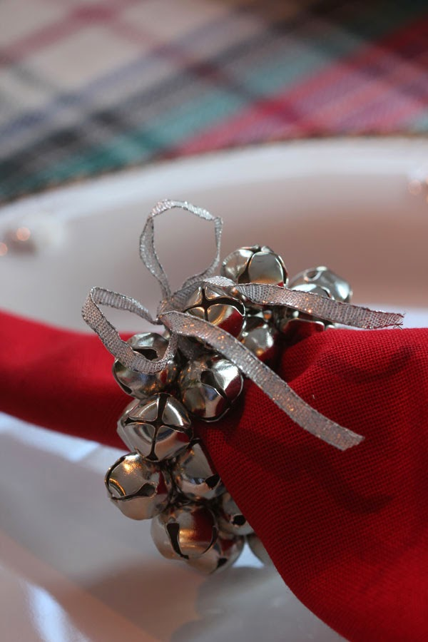 DIY Jingle Bell Napkin Rings (3) | Ridgely's Radar