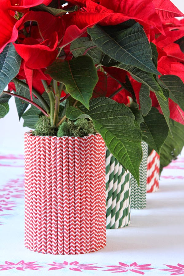 Ridgely Brode covers tin cans with straws to make holiday containers on her blog Ridgely's Radar