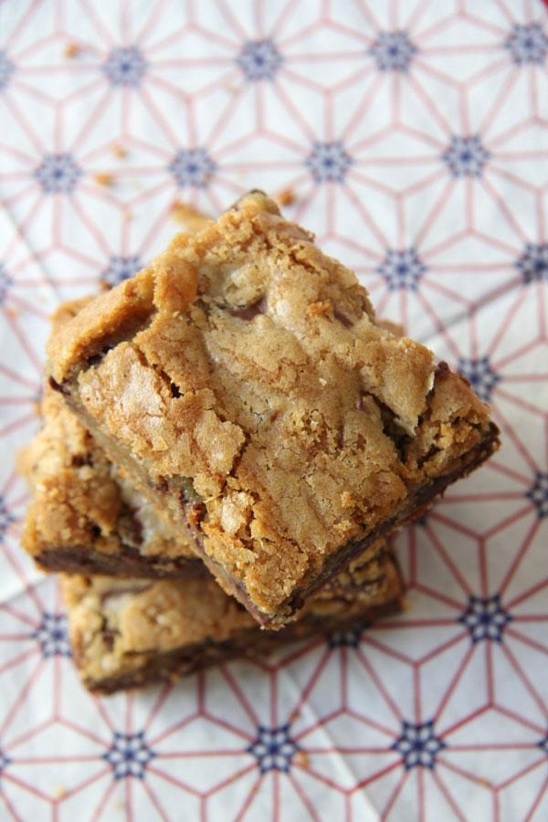 Chocolate Chunk Blondies (5) | Ridgely's Radar