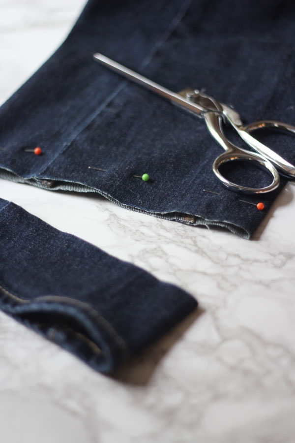 Ridgely Brode gives step-by-step instructions to fray your jeans at home on her blog Ridgely's Radar