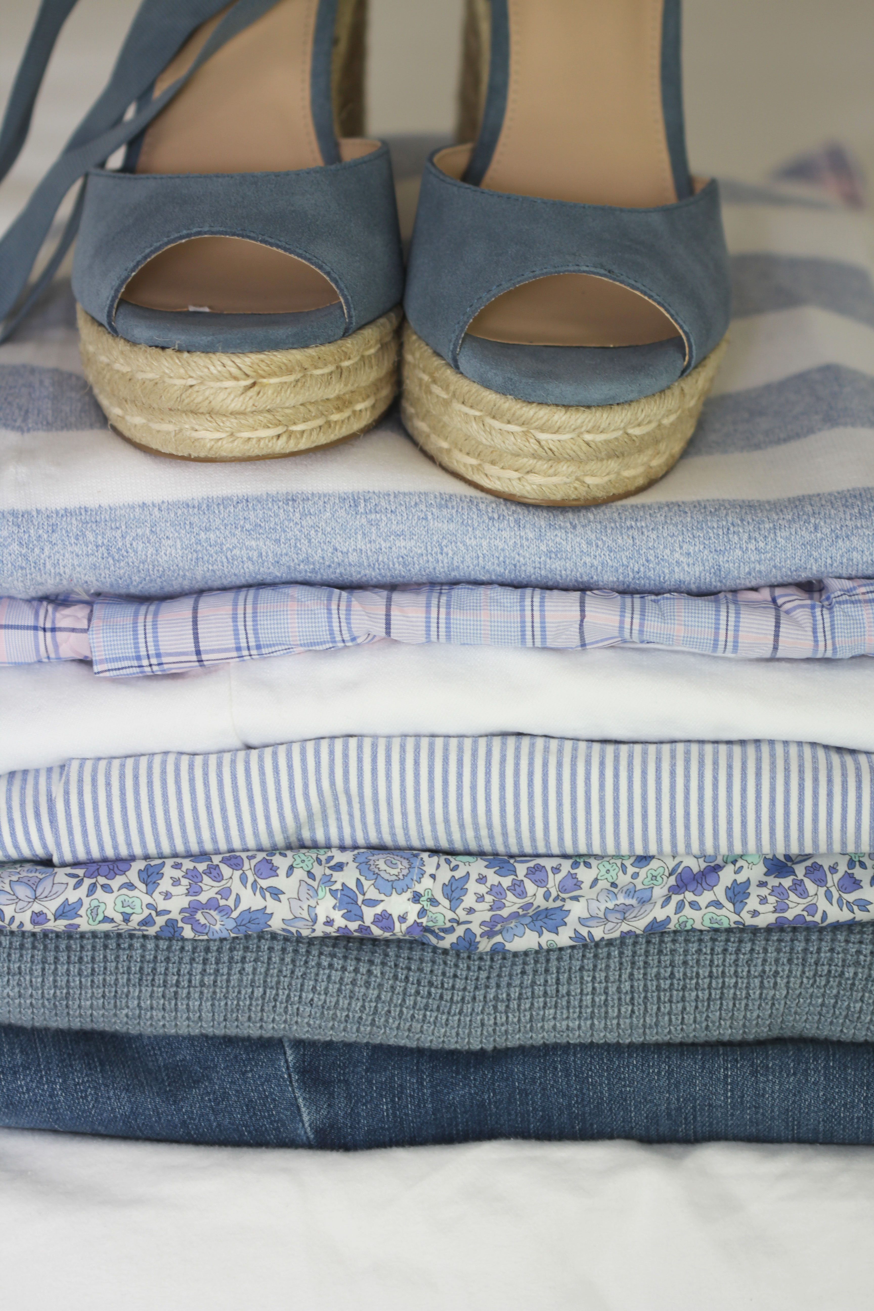 Lifestyle blogger Ridgely Brode of Ridgely's radar features all her favorite blues that mix and match making packing easy!