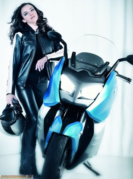 Bmw C600 - ridin girl - 02
