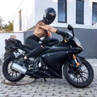 Photoshoot of the Week: September 2nd-8th 2019 - Camii & Yamaha YZF-R3