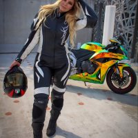 Photoshoot of the Week: June 29th-July 5th 2020 - Evelyn & Honda CBR600RR
