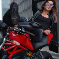 Photoshoot of the Week: August 24th-30th 2020 - Ducati Monster 1200 & Sharon