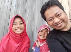 Kang Ridwan dan Keluarga 02