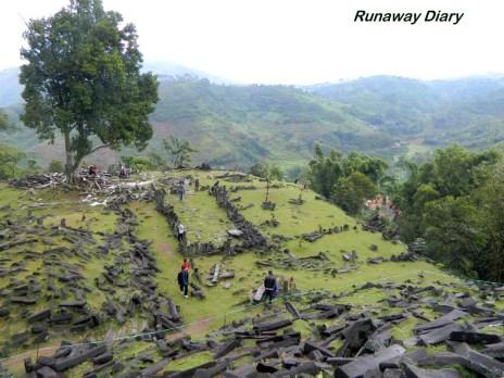 Gunung Padang Piramida 03