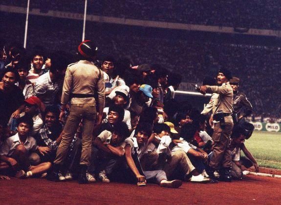 final-divisi-utama-1985-persib-bandung-vs-psms-medan 01
