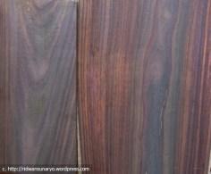 kayu hitam,kayu sonokeling,kayu solid jati hitam jepara,rosewood,bombay blackwood