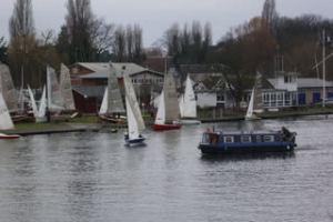 テムズ川のヨット