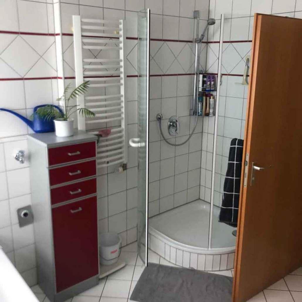 Badumbau Altersgerecht begehbare Dusche Vorher 08