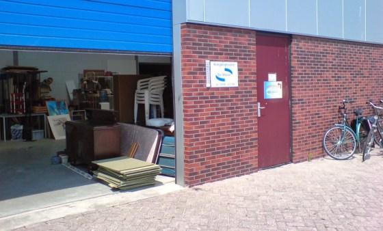 Kringloop winkel Dokkum magazijn deur