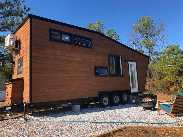 100% Off-grid Tiny House