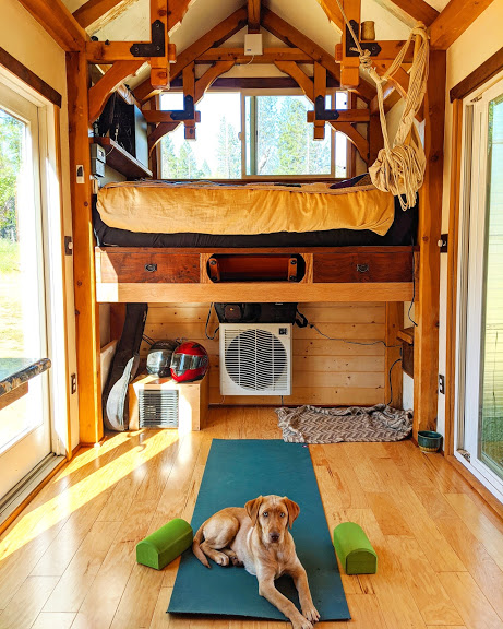 self built tiny house living room