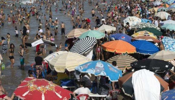 يهم المغاربة.. موجة حر شديد ستتجاوز 47 درجة بهذه المدن
