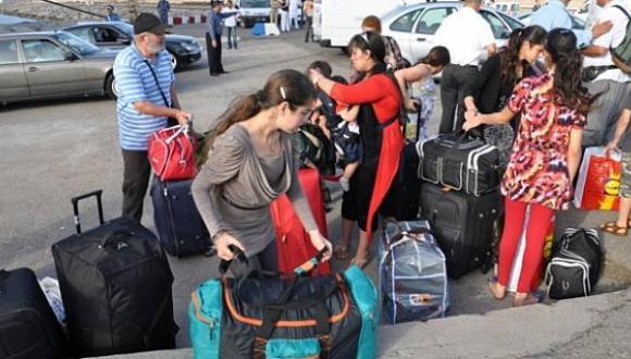 تلاعبات في تذاكر العودة إلى إسبانيا يثير موجة غضب عارمة