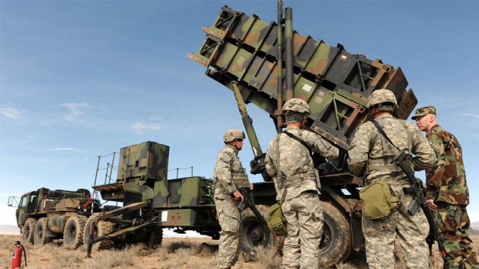 """المغرب يعزز """"تفوقه العسكري قاريا"""" بشراء أسلحة أمريكية وصينية متطورة"""