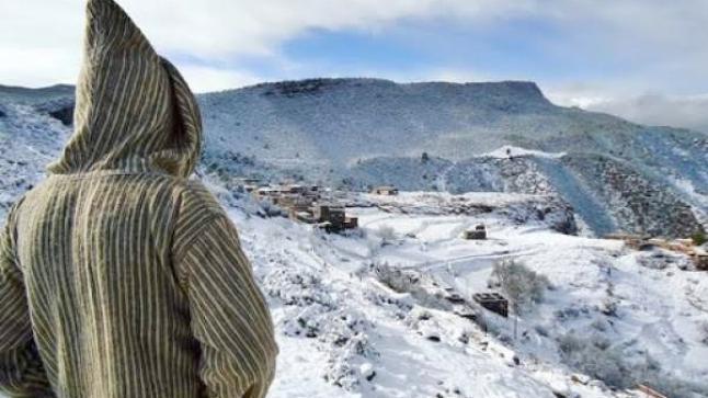 إبتداء من هذا التاريخ.. الحرارة تنزل إلى 6 درجات تحت الصفر بمرتفعات الحسيمة