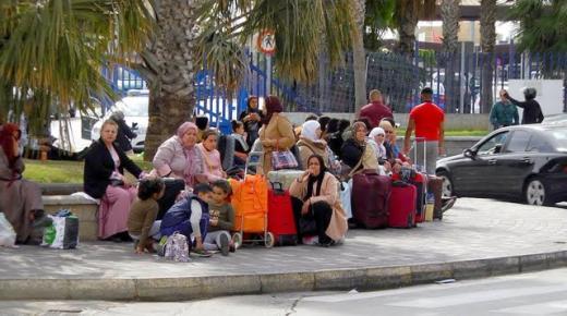 معاناة المغاربة العالقين في مليلية وسبتة تكمل 6 أشهر.. فهل ينتظرون 6 أشهر أخرى؟