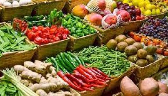 تلوث الفواكه والخضروات بالمبيدات يضعف خصوبة المرأة