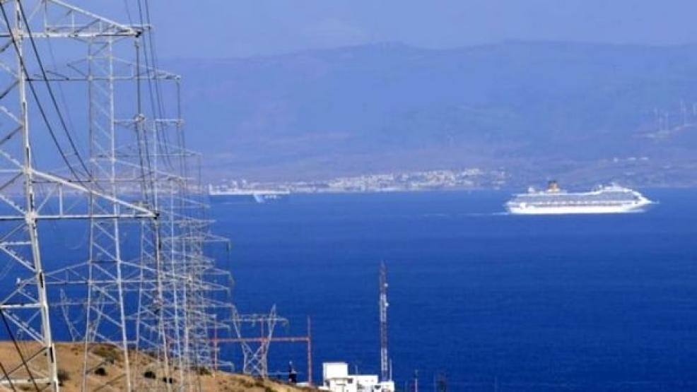 إعادة تشغيل الربط الكهربائي بين المغرب واسبانيا